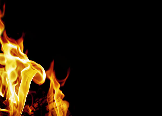 hindi-poem-Fire-Flame-Burning
