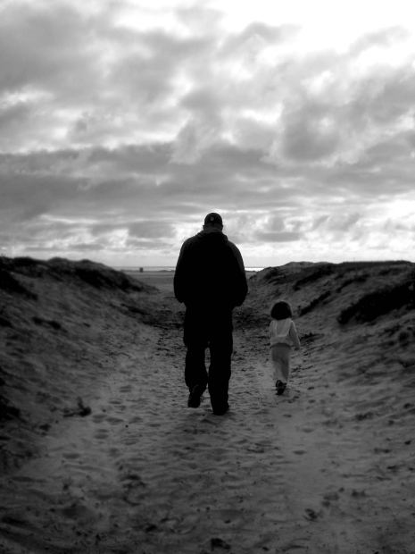 Family-Short-Story-father-daughter-walking-lonepath