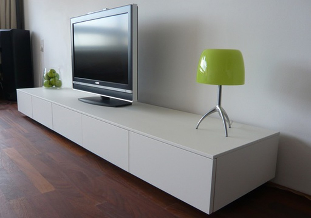 television-lamp-room