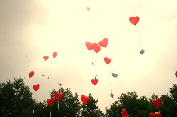 heart-shape-balloon-romance