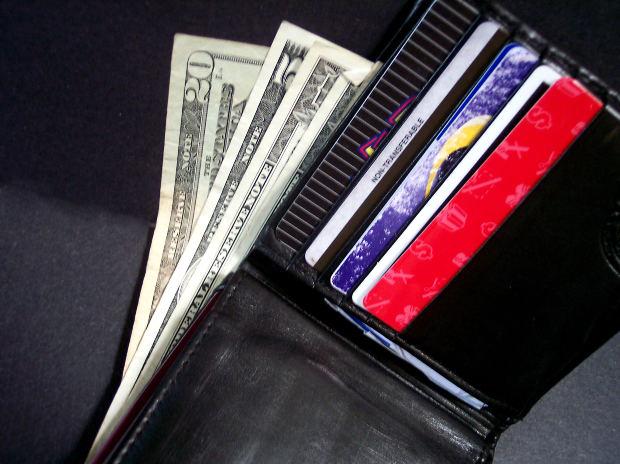 cards-money-purse