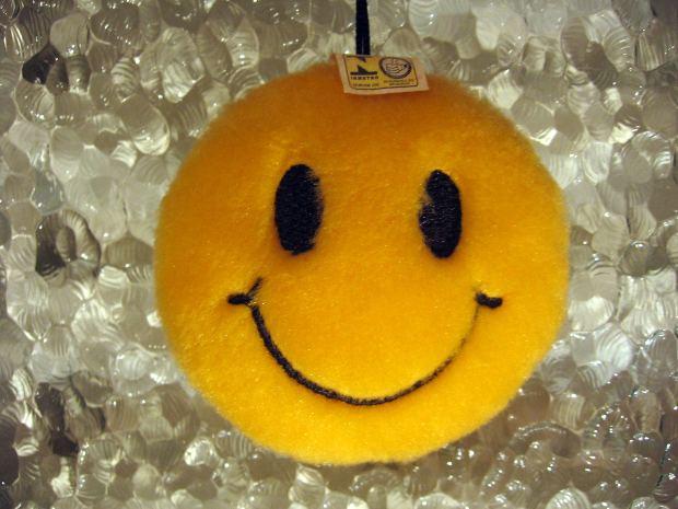 smile-yellow