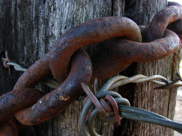 iron-rust-chain