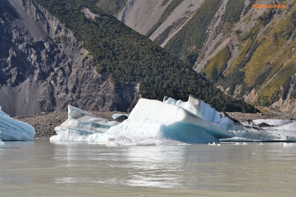 Glaciers and Tasman Lake